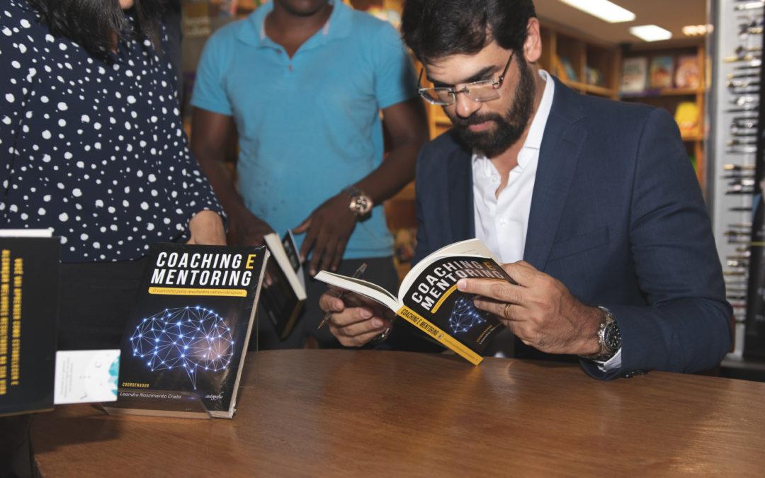 """Lançamento do livro """"Coaching e Mentoring"""" reúne coautores no Salvador Norte Shopping"""